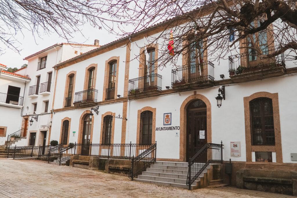 Ayuntamiento de Baños de Montemayor