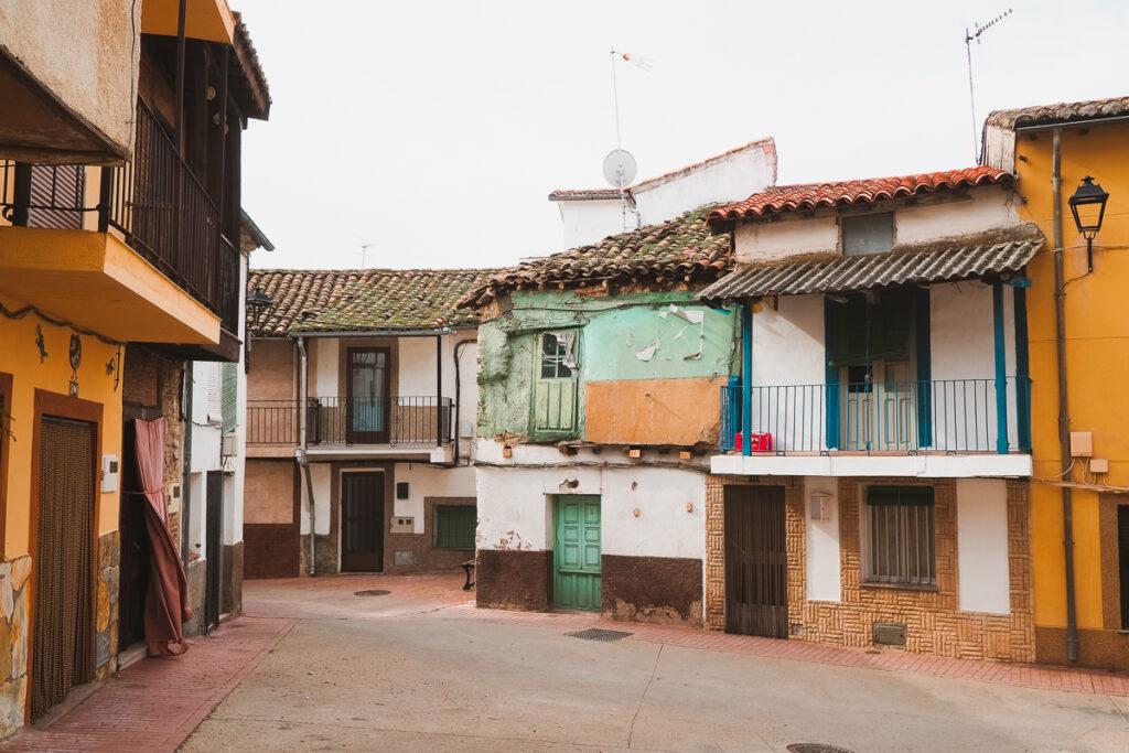 Barrio Perché de Gargantilla en el Valle del Ambroz