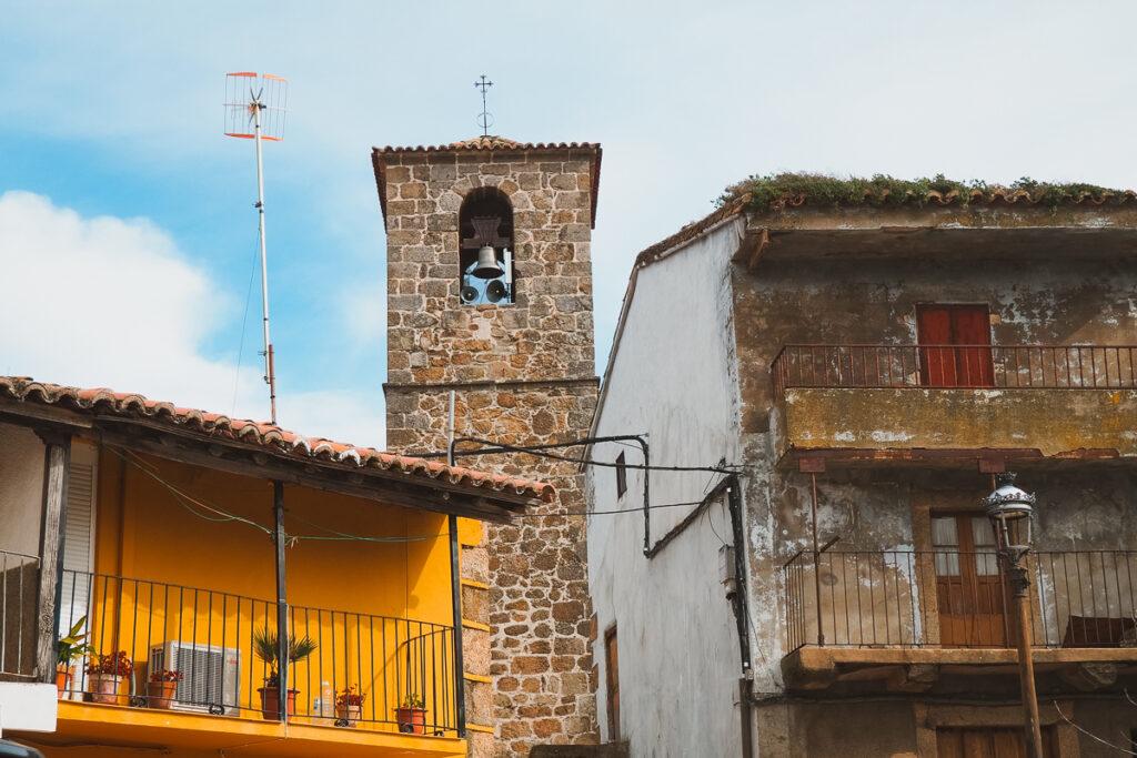 Pueblo de Gargantilla en el Valle del Ambroz