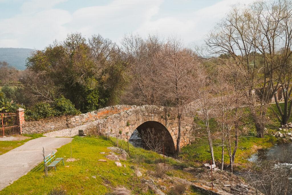 Puente medieval de Abadía