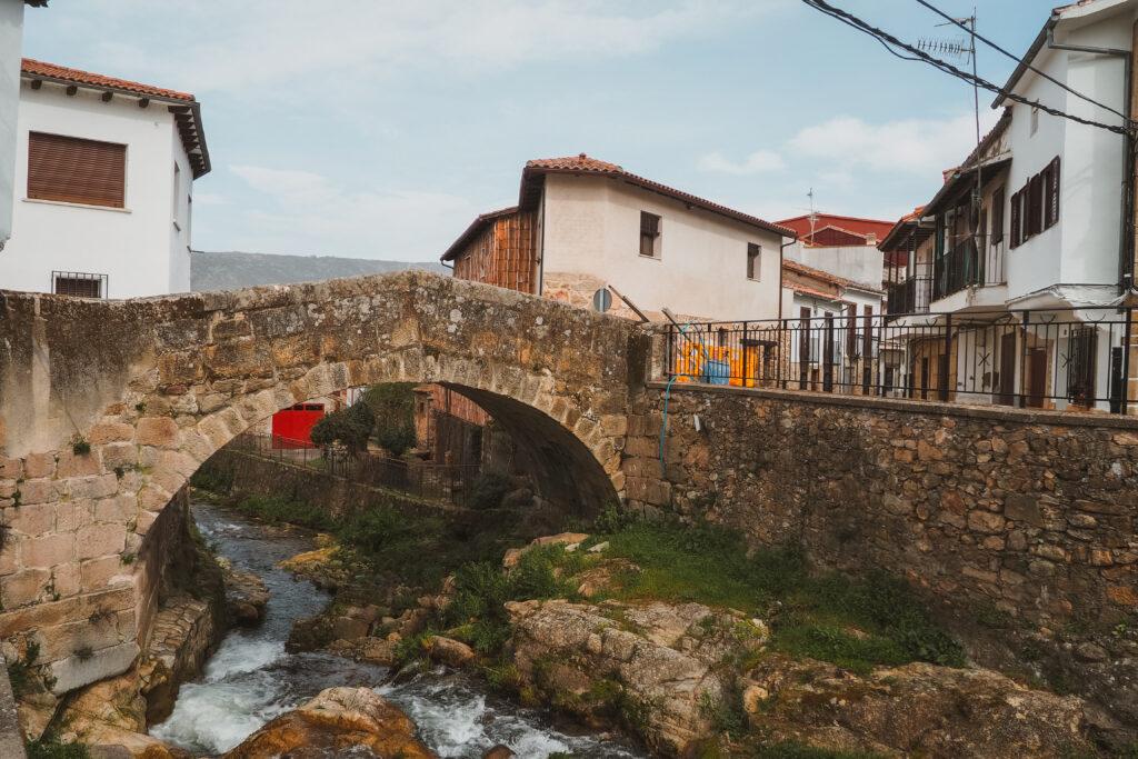 Puente Romano en Aldeanueva del Camino