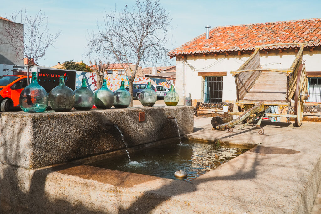 Fuente en la Plaza Mayor de Torremocha del Jarama